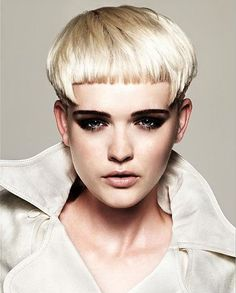 Kuvahaun tulos haulle very short edgy haircuts Edgy Haircuts, Short Bob Haircuts, Haircuts With Bangs, Prom Hairstyles, Short Hairstyles For Women, Summer Hairstyles, Blonde Hairstyles, Medium Hairstyles, Latest Hairstyles