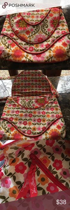 Vera Bradley purse---great condition! Vera Bradley purse in great condition---no frays, Nice scalloped front and back . Inside magnet on flap works great. Inside of purse has no stains or holes or marks! This one is unusual and very pretty. Could be vintage. Lovely cross body purse‼️ Vera Bradley Bags Crossbody Bags
