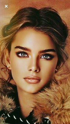 World Most Beautiful Girl, Most Beautiful Faces, Stunning Eyes, Beautiful Girl Image, Gorgeous Women, Beauté Blonde, Blonde Beauty, Pretty Eyes, Cool Eyes