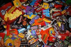 The 10 Best Halloween Candies Ever.  - Chow Bella
