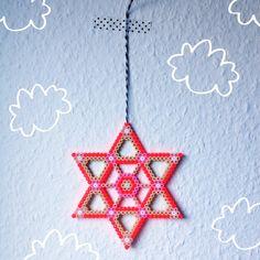 Hama star, beads, perleplade, perler, by Sara Seir