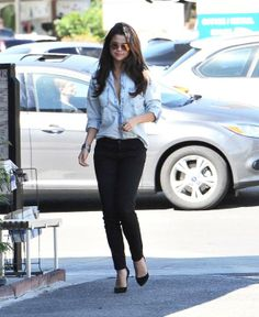Selena Gomez, dov'è il tuo reggiseno?