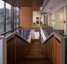 Imagem 2 de 38 da galeria de Escritório principal do Grupo Desjardins / ABCP architecture + Anne Carrier Architectes. Fotografia de Stéphane Groleau