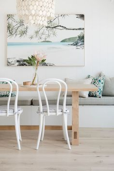 Coastal cadiz chandelier above light wood dining table with white bentwood dining chairs via Kate Cooper Interiors - 15 Coastal Chandeliers for Beach Homes Home Design, Interior Design, Design Design, Style At Home, Light Wood Dining Table, White Dining Chairs, Rustic Table, Lounge Chairs, Room Chairs
