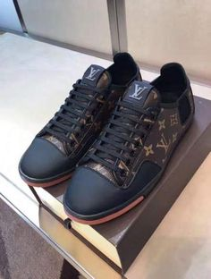 Sneakers louis vuitton men lip colour 69 New Ideas – louis vuitton shoes sneakers Zapatillas Louis Vuitton, Lv Shoes, Gucci Shoes, Me Too Shoes, Mens Fashion Shoes, Look Fashion, Sneakers Fashion, Best Sneakers, Teen Fashion