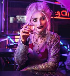 """Harley quinn Cosplay Actrees on Instagram: """"A toast to ....  Take the opportunity to tag the @ that owes you a drink (after this pandemic is over)🍸 . 🇧🇷 . Um brinde a (ao) ...…"""""""