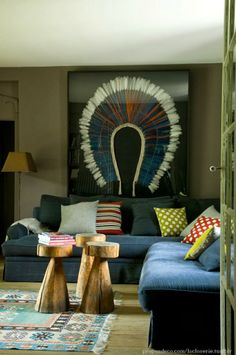uncluttered boho chic.... INDIAN HEAD DRESS!! yes please
