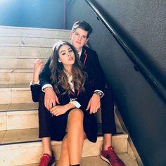 Elite : lu e Guzman Shows On Netflix, Netflix Series, Series Movies, Movies And Tv Shows, Tv Series, Watch Netflix, Dana Paola, Cute Couple Pictures, Couple Photos