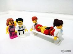 Takeshi wins!   Geekoteca Labs   Lego