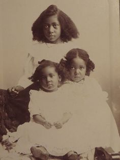 Beauties!!! EBONY ANGELS | 1910 Antique Cabinet Photo of three African American girls, Sabetha, Kansas, 1910s
