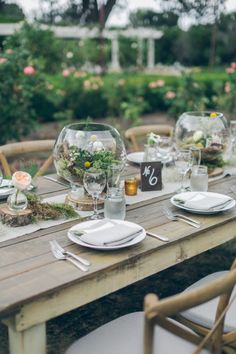 Rustic wedding table: http://www.stylemepretty.com/california-weddings/los-angeles/2014/12/19/rustic-summer-wedding-at-orcutt-ranch/ | Photography: Gather West - http://www.gatherwestphotography.com/