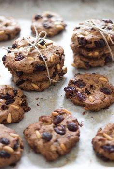 EmanuelaCaorsi-biscotti-saraceno-pinoli-uvetta