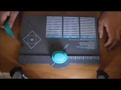 Come Utilizzare L'Envelope Punch Board/ How to use the envelope punch board - YouTube