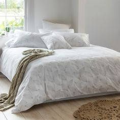Kew Embroidered Duvet Cover Set - Bed Bath & Beyond