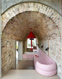 Industrial Chic, Dublin House, Decoracion Vintage Chic, Interior Architecture, Interior Design, Urban Loft, Vogue Living, Coach House, Formal Living Rooms