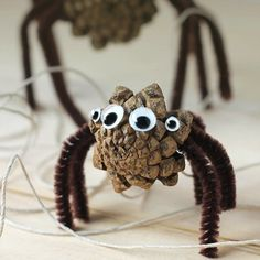 Kids of all ages will enjoy collecting pine cones to create Pine Cone Spiders for Halloween. This creepy-cute nature craft is perfect for home, school, or camp. Pinecone Spiders We have a SUPER CREEPY HUGE spider Crafts For Boys, Halloween Crafts For Kids, Cute Crafts, Toddler Crafts, Creative Crafts, Preschool Crafts, Fall Crafts, Holiday Crafts, Art For Kids