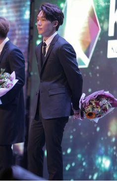 "KONSpirit on Twitter: ""우리 결혼하자!!!!!!ㅋㅋㅋㅋㅋㅋ #iKON #BOBBY #아이콘 #바비 #김지원 #지원 #김밥 https://t.co/ed82kPsJQ4"""