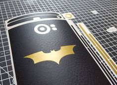 #inst10 #ReGram @ukarbon: Batman Edition BlackBerry skins. Black Leather  Brushed Gold x Batman. Just add Batman colour request in the cart and use code BATFREE for free worldwide shipping for a limited time only. #UKarbon #Blackberry #Priv #Blackberrypriv #bbm #blackberryskin #batman #bb #BlackBerryClubs #BlackBerryPhotos #BBer #BlackBerry