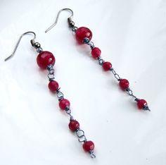 Boucles d'oreille jade et agate ruby rouge framboise : Boucles d'oreille par adrimag