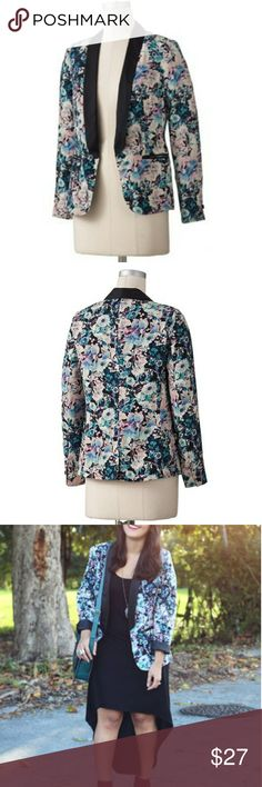 Women's LC Lauren Conrad Floral Tuxedo Blazer Product Details  Satin collar and lightly padded shoulders offer polished appeal.Open-front styling and a back slit lend easy wear.Full lining ensures cool comfort.  Details:Open front ,Long sleeves ,2-pocket. Polyester, Dry clean,Imported  * Comes from a smoke free home,  worn once. LC Lauren Conrad Jackets & Coats Blazers