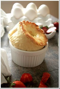 Creamy Cheesecake Popovers http://doughmesstic.com/2012/04/05/creamy-cheesecake-popovers/