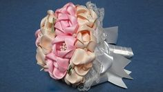 DIY: Wedding bouquet made of ribbon with step by step picture instructions, use web translator to translate instructions, actually the pictures are excellent. Handmade Flowers, Diy Flowers, Fabric Flowers, Paper Flowers, Fabric Bouquet, Paper Flower Tutorial, Kanzashi Flowers, Craft Show Ideas, Fabric Ribbon