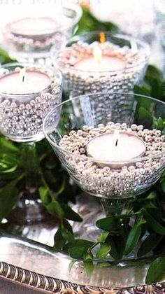 Christmas #table decoration ideas ToniK Տ℮ʈ ìʈ Up #Christmas silver & tea light candles pinbuy