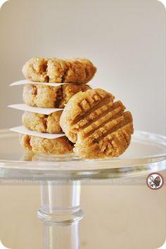 """Raw"" Peanut Butter Cookies"