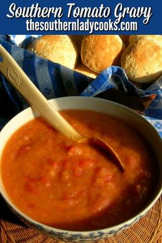 Tomato Gravy is a wonderful southern dish. You can serve tomato gravy over biscuits for breakfast, rice for supper or mashed potatoes. Southern Cooking Recipes, Southern Dishes, Country Cooking, Veggie Side Dishes, Side Dish Recipes, Veggie Food, Main Dishes, Brunch Recipes, Breakfast Recipes