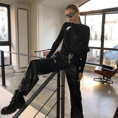 Mafia Outfit, Spy Outfit, Outfit Ideas, Aesthetic Fashion, Aesthetic Clothes, Urban Aesthetic, 20s Fashion, Fashion Outfits, Fashion Styles