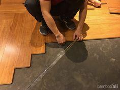 Thi công sàn tre Ali ép khối màu cafe tại Tour Les Jours (lắp hình xương cá)