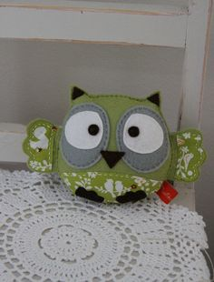 Plushka's original felt baby owl toy in lime green, stuffed animal softie. $35.00, via Etsy. (soooo cute!)
