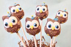 Hootsuite cake pops. #SocialMedia #Cake #Cakepops #Desert #Custom