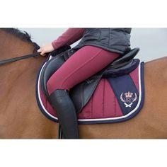 PROTÉGER le DOS du cheval des pressions exercées par la selle et PROTÉGER la SELLE en absorbant la sueur du cheval.