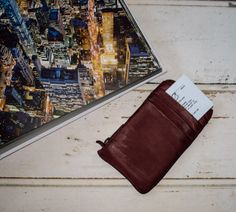 Vintage city life 🔭🏢 www.kjoreproject.com/wallets #Kjøre #leather #phone #apple #samsung #wallet #clutch #vintage #heritage #evolution #kjoreproject #photo #canon #instagram #friends #igers #handmade #accessories #vibram #shoes #backpacks #denim #canvas #wool #premium #newzealand #finest #materials @kjoreproject