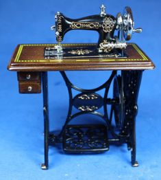 Sewing+machine+-+$58.00+:+S+P+MINIATURES+-+hand+crafted+dollhouse+miniatures+and+scale+miniatures+,+S+P+MINIATURES+-+shop+online+for+hand+crafted+dollhouse+miniatures+from+many+artisans+and+countries