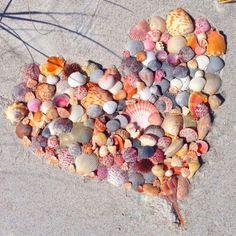 #villaalgolfoirb #lovethebeach #endlesssummer #sunnydays #seasandsun #floridagulfcoast #snowbirds #saltlife #airbnb #homeaway #vrbo… Tropic Pictures, Beach Pictures, Pretty Pictures, I Love The Beach, Peace And Love, Beach Art, Ocean Beach, Heart In Nature, Valentine Picture