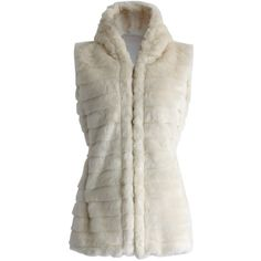 Chicwish Chicwish Faux Fur Hooded Quilt Vest in Cream (235 ILS) ❤ liked on Polyvore featuring outerwear, vests, vest, fur, jackets, white, hooded fur vest, fur vests, white vest and fur waistcoat