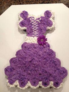 Princess Cake made out of cupcakes