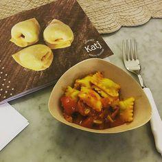 #MinimoImpatto #tasting #day tutto #gourmet ma rigorosamente #glutenfree Una produzione Katj gourmet tirata a mano dalle fantastiche #sfogline in un vero laboratorio #artigianale #senzaglutine  #ravioli presentati nelle #ciotole della linea #fooddesign ECOZEMA distribuite da Minimo Impatto grazie a @Sara Muratori Un mondo di acquisti verdi