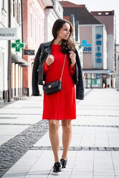 Red dress - Tina Chic