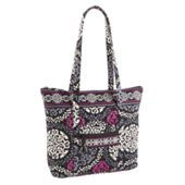 Vera Bradley tote bag of awesome with a twist! Check it out at Vera Bradley.com!!!!!!