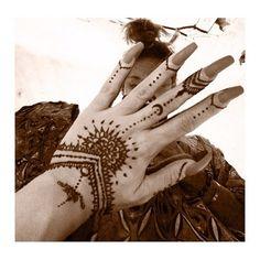Henna by meeeee. I tried.
