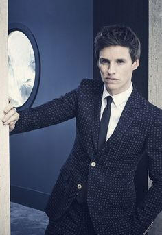So handsome 😂 Harry Potter, Eddie Redmayne Fantastic Beasts, Beautiful Men, Beautiful People, British Actors, British Men, Celebrity Crush, Pretty People, Movie Stars