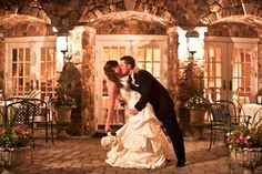 The Olde Mill Inn courtyard is a backdrop for the most memorable wedding photos (photo by S. R. Wedding Story Photography).