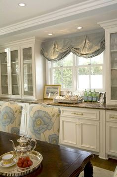 Colors- Neithart Interiors, LLC - traditional - dining room - los angeles - by Charmean Neithart Interiors, LLC. Elegant Kitchens, Beautiful Kitchens, Beautiful Interiors, Cool Kitchens, Valance Window Treatments, Kitchen Window Treatments, Casa Magnolia, Cocinas Kitchen, Kitchen Curtains