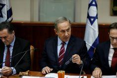 """Israel estaba el sábado a la defensiva tras la votación de una resolución de la ONU contra las colonias, una votación histórica que el primer ministro Benjamin Netanyahu tildó de """"vergonzosa"""" y que achacó al presidente estadounidense Barack Obama.</p>"""