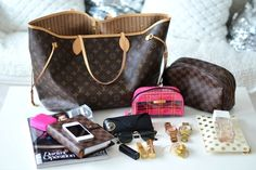 Lv What's in my bag?bag, сумки модные брендовые, bags lovers, http://bags-lovers.livejournal