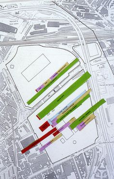 OMA | Rem Koolhaas | Propuesta para el concurso del Parc de la Villete | París, Francia | 1982-1983 | The program by the city of Paris was too large for the site, leaving no space for a park. The proposed project is not for a definitive park, but for a method that - combining programmatic instability with architectural specificity - will eventually generate a park.