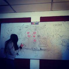 Electivo de fisica y la profe no vino #aburrido #aprendiendo #chile #curso #cagada #cuarto #colegio #colores #dibujo #dalelike #electivo #fotografia #follow4follow #instagram #instalike #instatodo #instachile #instaphoto #instamoment #instaschool  #like #libre #like4like #maipu #miercoles #motivacion  #popular #relax #relajado #sala #school #sigueme #santiago #tiempo #webeo